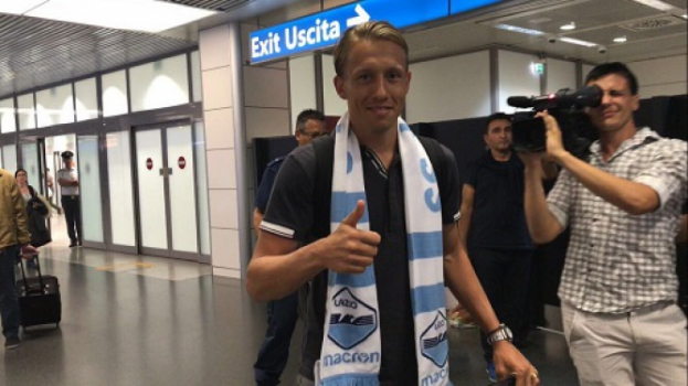 Lucas Biglia reforça Milan — Oficial