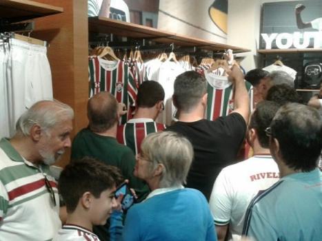 02c463277c Lançamento da camisa do Fluminense - Under Armour