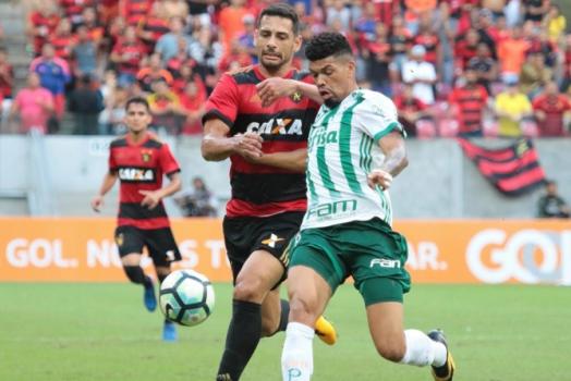 Palmeiras revê D. Souza e conta com  ajudinha  do meia para bater Sport 1c13656c8d9bc