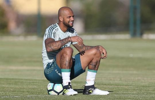 Felipe Melo treina e jogadores que atuaram na Bolívia folga, veja a provável escalação do Verdão para enfrentar o Grêmio