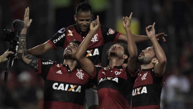 Goleada alivia pressão no Flamengo c9813312d2fed