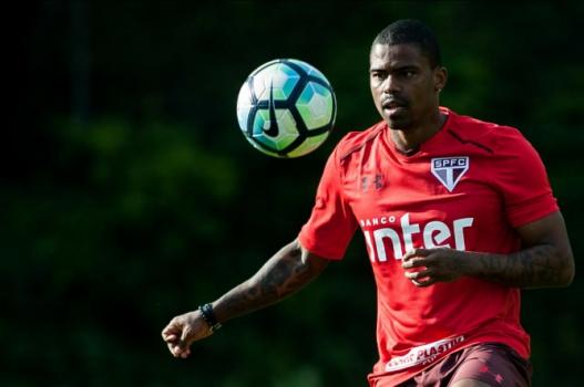 Dorival acena São Paulo titular com Gomez, Bruno Alves e Júnior Tavares