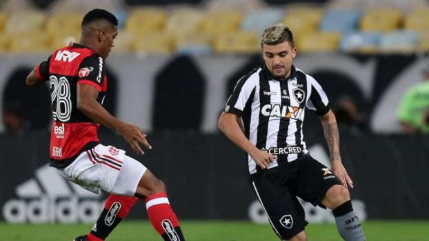 Tropeços do Timão e boa fase fazem Flamengo voltar a sonhar