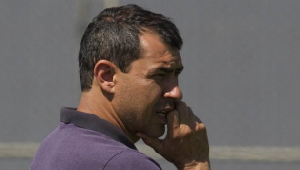 Maycon lamenta desatenção e Jô minimiza empate do Corinthians contra o Racing