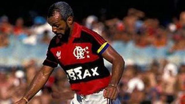 Parabéns, Maestro! Júnior completa 66 anos nesta segunda e recebe felicitações do Flamengo