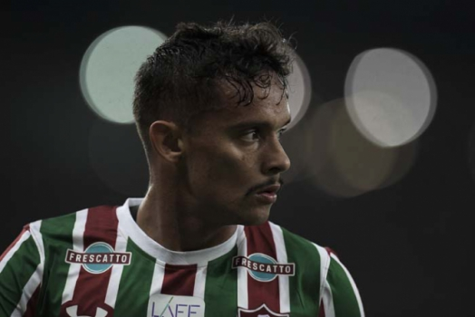 Carille diz ser difícil Corinthians contratar Scarpa: