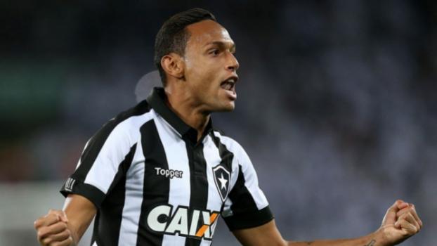 Veja a escalação confirmada do Botafogo para o jogo contra o Bangu