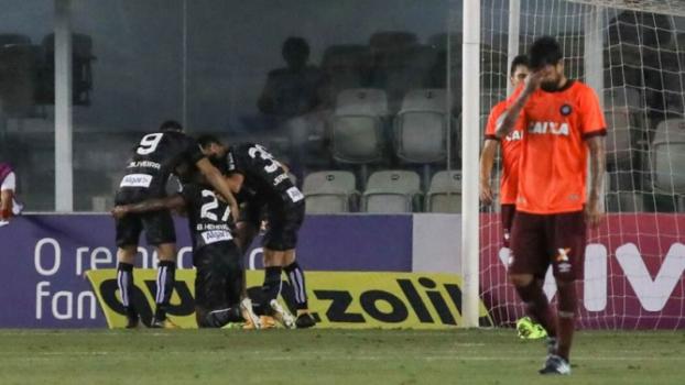 Santos renasce, bate o Atlético-PR e agora é o vice-líder do Brasileirão