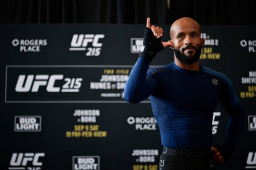 Demetrious Johnson é o campeão dos moscas do UFC