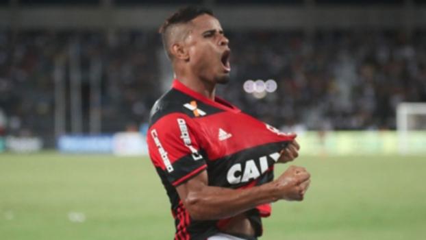 S�o Paulo e Flamengo se definem sobre Everton e est�o pr�ximo de an�ncio