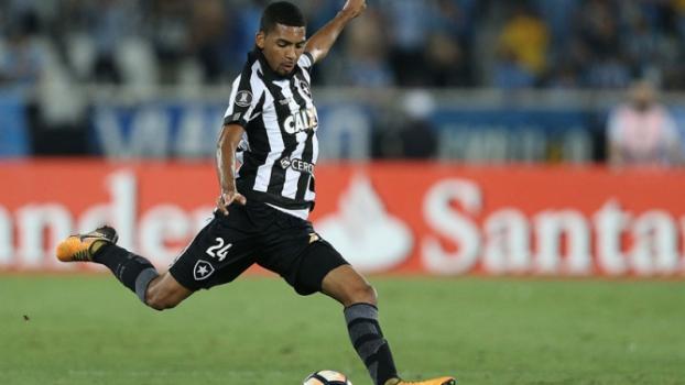 16 - Matheus Fernandes - Botafogo