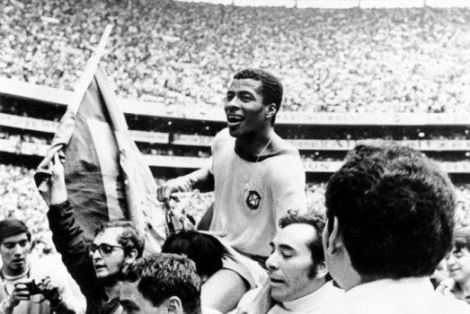 Na Copa do Mundo de 1970 um duelo muito equilibrado pela primeira fase  terminou com triunfo 79edd84972950