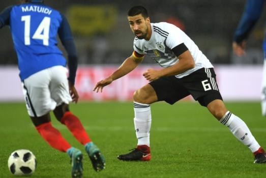 Alemanha e França fizeram um bom jogo cheio de lances de emoção. No fim, o empate por 2 a 2 fez justiça