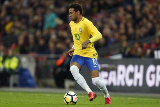 Neymar vai para a sua segunda Copa do Mundo como principal estrela do Brasil. O sonho do hexa passa muito pelosm pés do craque do PSG