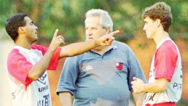 Técnico do Flamengo em 95, Apolinho relembra vice para o Independiente:  Dói muito