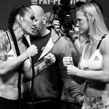 Cris Cyborg encara Holly Holm na pesagem do UFC 219