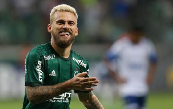 Com gol de Lucas Lima, Verdão estreia com vitória