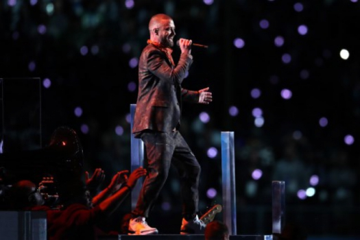 Justin Timberlake faz homenagem póstuma a Prince no Super Bowl 2018