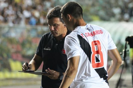 Thiago Galhardo e Zé Ricardo 76f44d6b70213