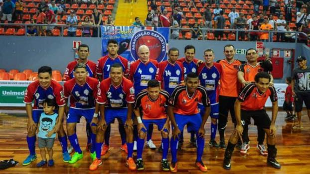 a122c5ea6d Time do Norte do Brasil estreia na Liga Futsal com jogador de 65 ...