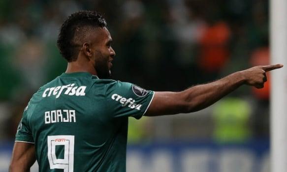 Borja marcou na vitória por 2 a 0 sobre o Alianza Lima