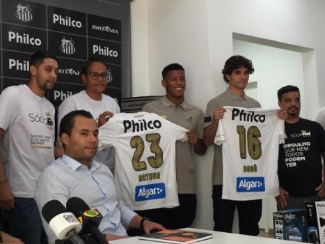 Em São Paulo 7f18e2a51b485