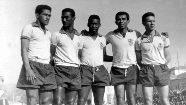 Primeiro jogo de Pelé e Garrincha juntos na Seleção completa 60 anos ... a9ccd87c48ce8