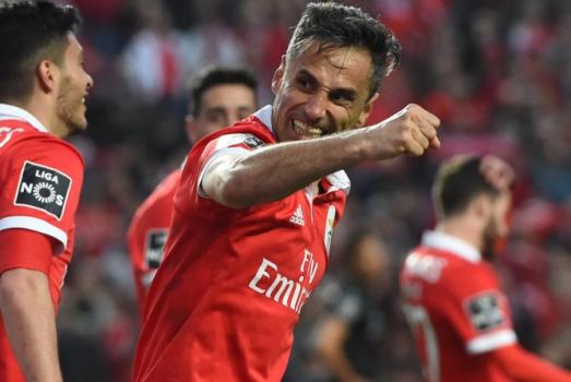 Único brasileiro artilheiro nas principais ligas da Europa, Jonas terminou o Campeonato Português com impressionantes 34 gols pelo Benfica.