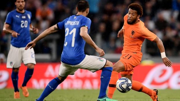 No Amistoso Dos Fora Da Copa Italia E Holanda Empatam Chile Bate Servia Lance