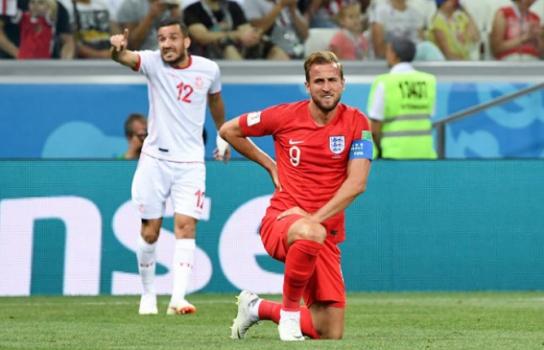 Maaloul e Kane - Tunísia x Inglaterra