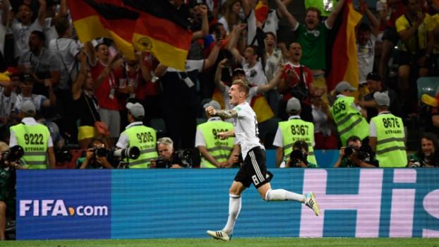 Alemanha x Suécia  Toni Kroos