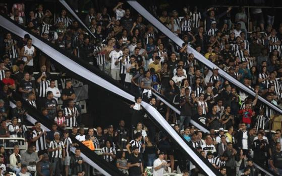 Botafogo mantém promoção contra o Fla  ingressos a partir de R  2 a8302c686e292