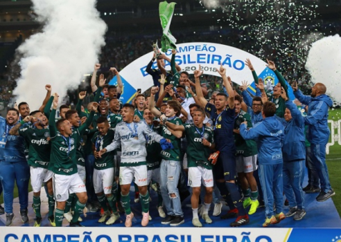 Palmeiras goleia o Vitória no Allianz Parque e é campeão brasileiro ... d418cde8fbb21