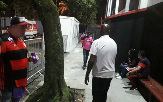 Eleições no Flamengo - Torcedor provoca Bandeira