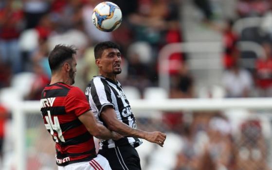 Botafogo x Flamengo - Kieza
