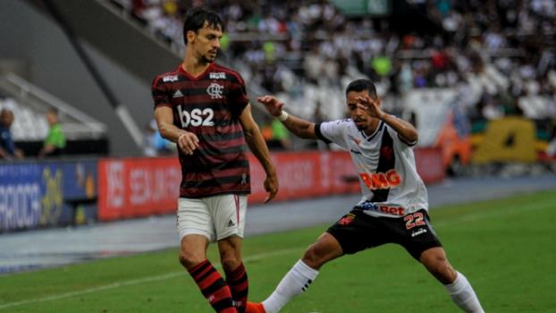 Vasco x Flamengo Rodrigo Caio