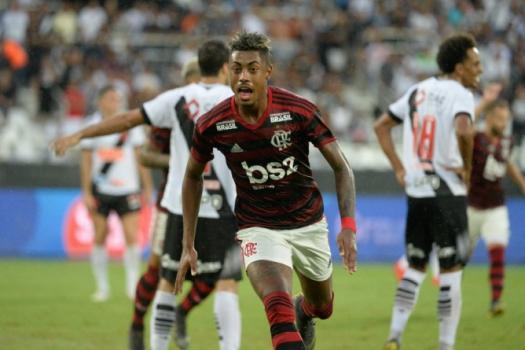 Vasco x Flamengo Bruno Henrique
