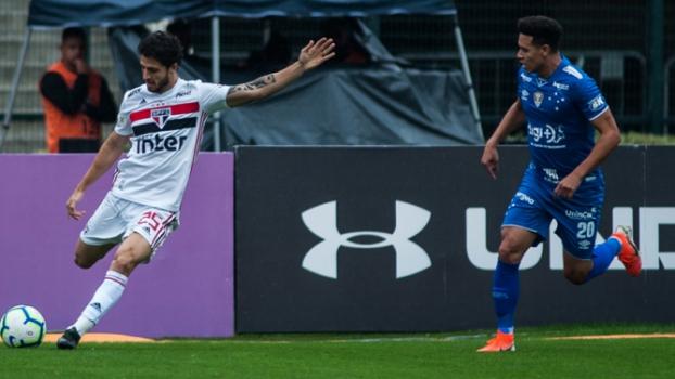São Paulo e Cruzeiro ficam no empate em jogo com muita reclamação