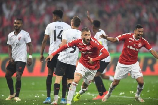 Athletico Bate O Inter No Beira Rio E Fica Com O Titulo Da Copa Do Brasil Lance