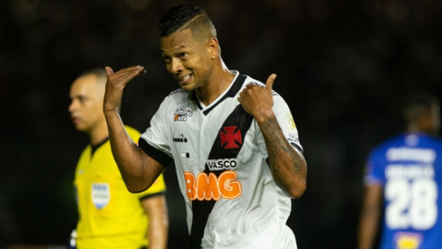 Vasco x Cruzeiro - Guarín