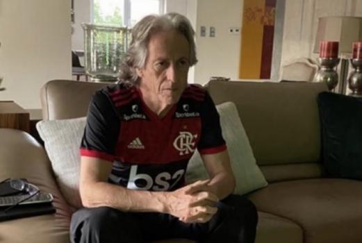 Sem trabalhar com prazos, Flamengo mantém pés no acelerador por Jesus