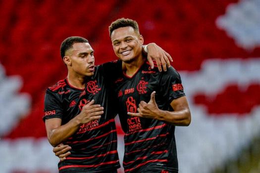 Macaé x Flamengo - Rodrigo Muniz e Matheuzinho