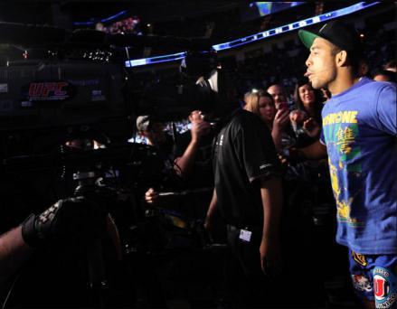 O rei comanda! Conheça a história da música de entrada de Aldo no UFC