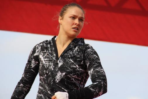 Ronda entra em lista como terceira atleta mais bem paga do mundo