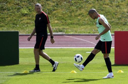 Pepe treina separadamente e segue como dúvida para decisão da Euro