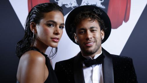cf7e491c04b Neymar deixa de seguir Luan Santana ao saber de caso com Bruna