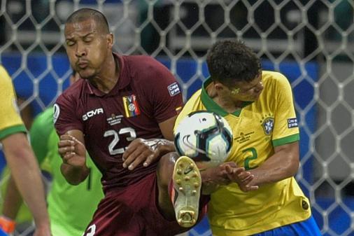 ATUAÇÕES: Seleção tem poucos destaques em empate sem gols