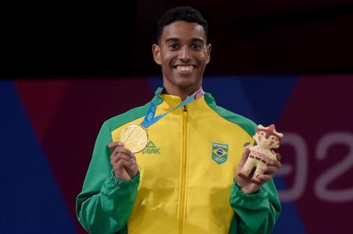 Ygor Coelho é ouro no badminton e faz história no Pan de Lima | LANCE!