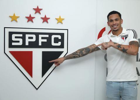 Luciano E Anunciado Pelo Sao Paulo E Avisa Vou Honrar Essa Camisa Lance