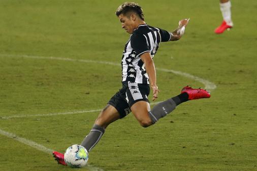 Nazário deve retornar ao Botafogo contra o Vasco; veja provável time